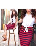 red American Apparel skirt