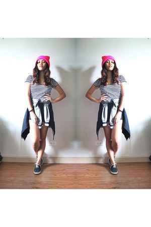 cropped striped crop top top - Varsity jacket jacket - black shorts shorts