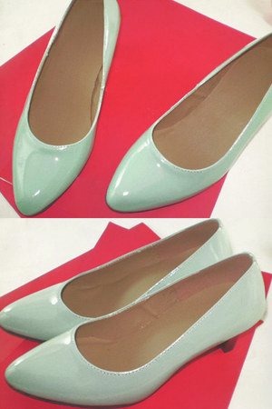 lime green leather Seek & Seed shoes