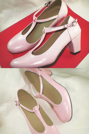 bubble gum leather Seek & Seed heels