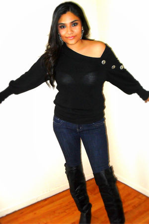 black blouse - blue jeans - black boots