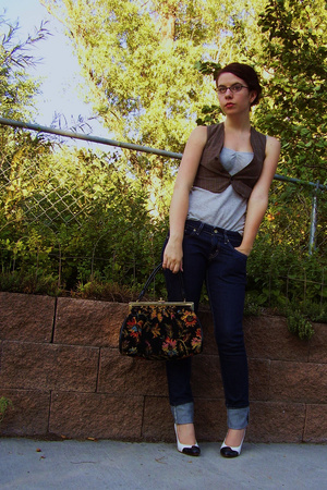 brandless vest - Gap top - Levis jeans - brandless purse