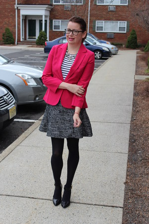 tweed H&M skirt - Nine West shoes - H&M blazer