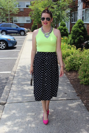 Forever 21 skirt - Forever 21 shoes - Nine West purse - H&M necklace