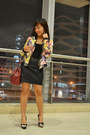 Black-floral-bomber-romwe-jacket-brick-red-nine-west-bag