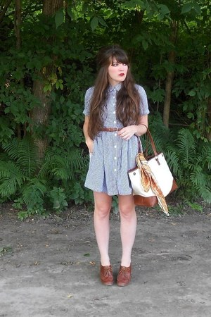navy gingham thrifted dress - gold paisley thrifted scarf - cream thrifted purse