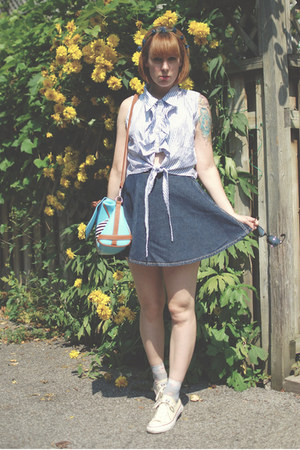 navy yeye hair accessory - light blue OASAP bag
