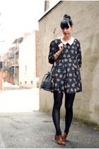 dark brown vintage shoes - navy Lilo dress - black vintage bag