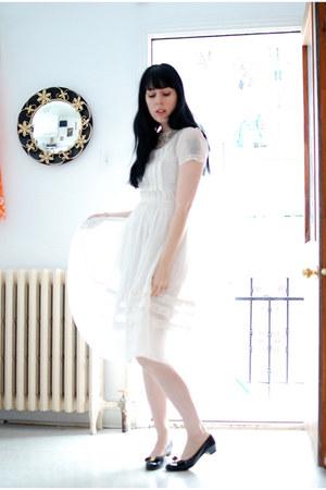 white vintage dress - black vintage flats - ivory vintage necklace
