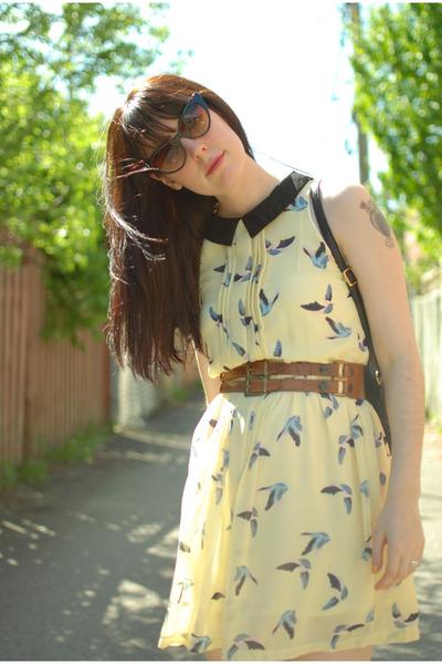 brown vintage belt - light yellow Sheinside dress - black vintage bag