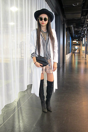 black Zara boots - white Zara coat - navy nastygal hat - black Zara shirt