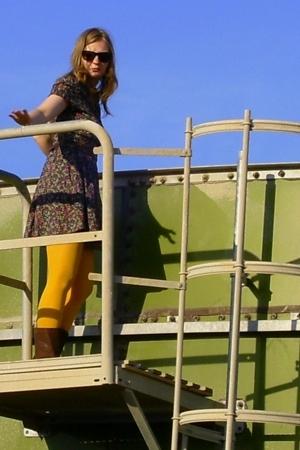H&M dress - H&M tights - vintage belt - grtz boots