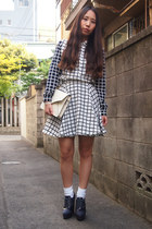 white MURRAL skirt - ivory leather clutch DHOLIC bag - white GVGV socks