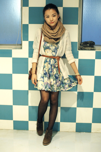 camel amy scarf - dark brown jipijapa shoes - sky blue asos dress