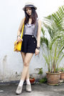 Blue-river-island-vest-gray-ecote-vest-black-sugarhill-boutique-shorts-pin