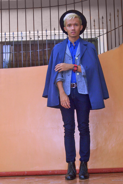 heather gray MICHEL SUU blazer - navy Cheifer Paris coat - blue g2000 shirt