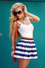 Carrot-orange-bag-white-top-navy-skirt-carrot-orange-belt-tan-sandals