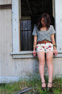 Grey-crochet-top-brown-belt-floral-shorts-bcbg-maryjane-wedges-from-momm