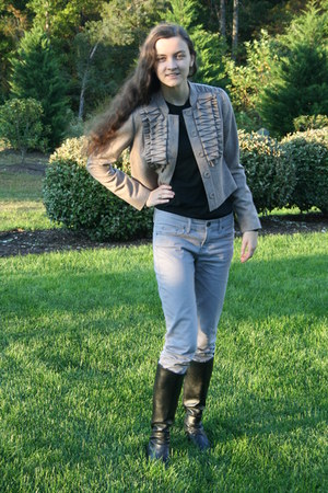puce ruffled Anthropologie jacket - black leather Nordstrom boots