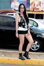 Random-from-hong-kong-vest-topshop-shorts-gojanecom-boots
