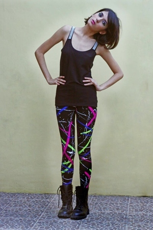 Loveculturemultiplycom top - Loveculturemultiplycom leggings