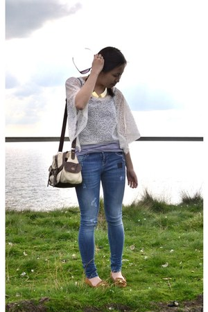 white batwing lace from hong kong top - blue asos jeans