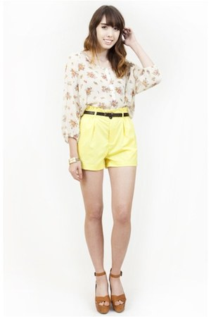light yellow forward to all shorts - light yellow floral forward to all blouse