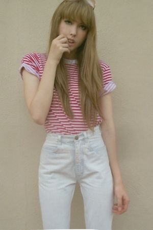 white Levis jeans - red American Apparel blouse