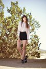 Black-vintage-shorts-white-blouse
